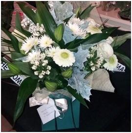 White Mixed BQ (Florist Choice)