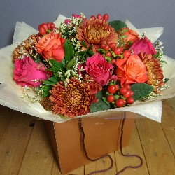 Rose and Gold Bouquet (Florist Choice)