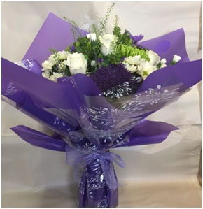 Hand Tied Bouquet in Water (Florist Choice)