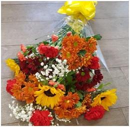 Hot Traditional Bouquet (Florist Choice)