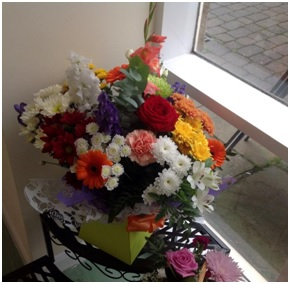 Bright Aqua Bouquet (Florist Choice)
