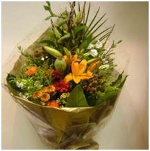 Mixed Seasonal Hand Tie (Florist Choice)