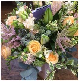 Large Luxury Aqua (Florist Choice)