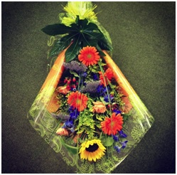 Flat Gift Wrapped Bouquet (Florist Choice)
