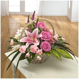 Eloquence Basket (Florist Choice)