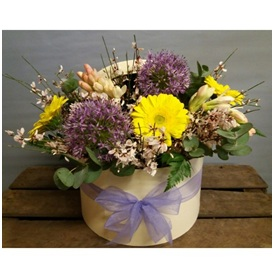 Hat Box Arrangement (Florist Choice)