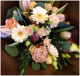 Antique Lace (Florist Choice)