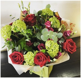 Red and Green Mixed BQ (Florist Choice)