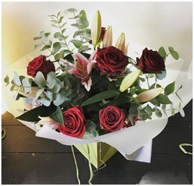 Roses & Lily Mixed BQ (Florist Choice)