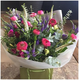 Seasonal Aqua BQ (Florist Choice)