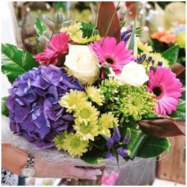 Vibrant Hand Tied Bouquet (Florist Choice)