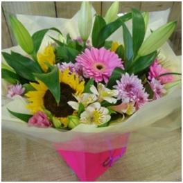 Sunshine and Scents Bouquet (Florist Choice)