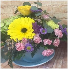 Teacup Arrangement (Florist Choice)