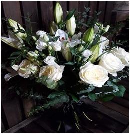 White Scent-Sation Hand Tie (Florist Choice)