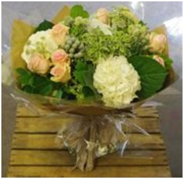 Duchess Hand Tie (Florist Choice)