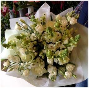 White Aqua Bouquet (Florist Choice)