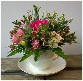 Tea Cup Posy (Florist Choice)