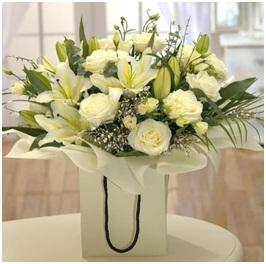 Soft Whisper (Florist Choice)
