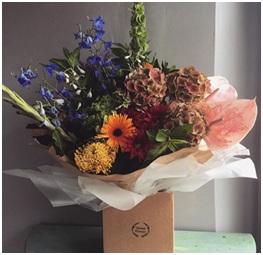 Gorgeous Aqua Box (Florist Choice)