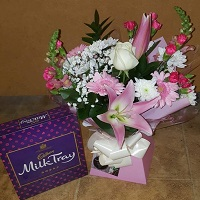 Seasonal Aqua Bouquet (Florist Choice) & Chocolates