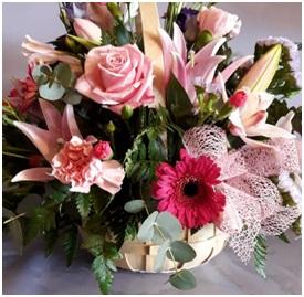 Large Mixed Basket (Florist Choice)