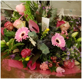 Hand Tied Bouquet (Contemporary Style Florist Choice)