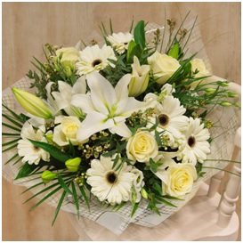 Soft Coloured Bouquet (Florist Choice)