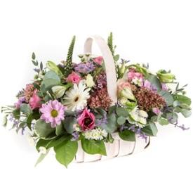 Country Basket Arrangement (Florist Choice)
