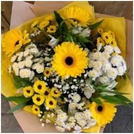 Florist Choice Bouquet (Yellow and White Mix)