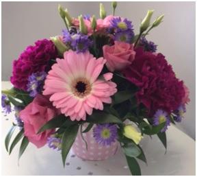 Cake Arrangement (Florist Choice)