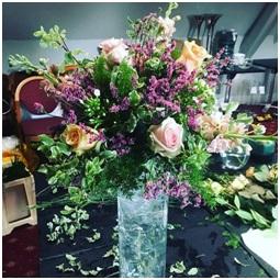 Seasonal Vase Arrangement (Florist Choice)