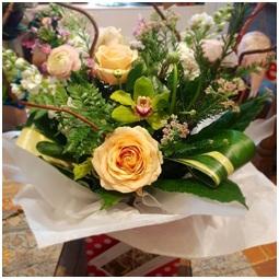 Soft Mixed Aqua Bouquet (Florist Choice)