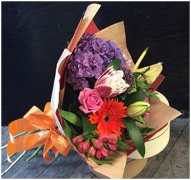 Mixed Aqua Bouquet (Florist Choice)
