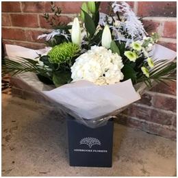 White Mixed Aqua Bouquet (Florist Choice)