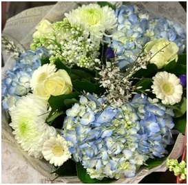 Blue and White Mixed Bouquet (Florist Choice)
