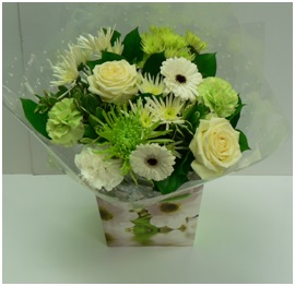 Hand Tied Bouquet (Florist Choice)