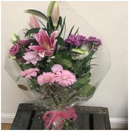 Gift Wrap Bouquet (Florist Choice)
