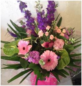 Large Mixed Aqua (Florist Choice)