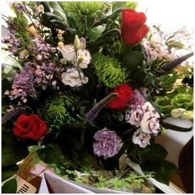 Mixed Flower Arrangement (Florist Choice)