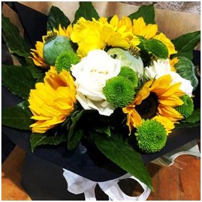 Seasonal Sunny BQ (Florist Choice)