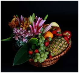 Fruit & Flowers (Florist Choice)