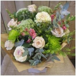 Vintage Coloured Mixed Bouquet (Florist Choice)