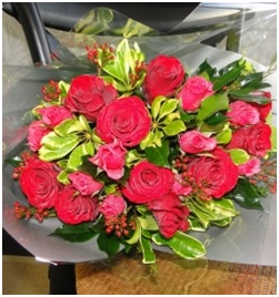 Bouquet of Roses (Florist Choice)