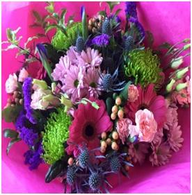 Bright Hand Tied (Florist Choice)