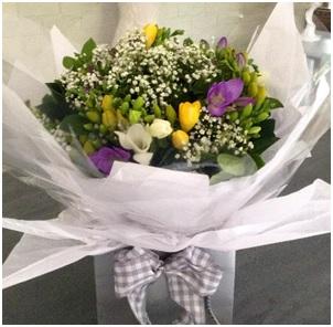 Nina (Florist Choice)