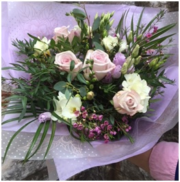 Heaven Scent Hand Tie (Florist Choice)