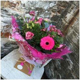Pink Pout Hand Tie (Florist Choice)