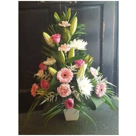 Pink Arrangement (Florist Choice)