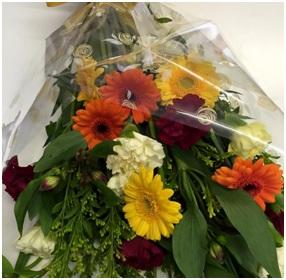 Hand Tie (Florist Choice)