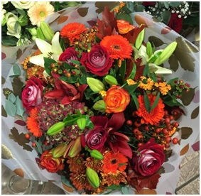 Vibrant Aqua (Florist Choice)